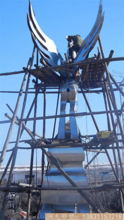 广场飞马雕塑,抽象效果1